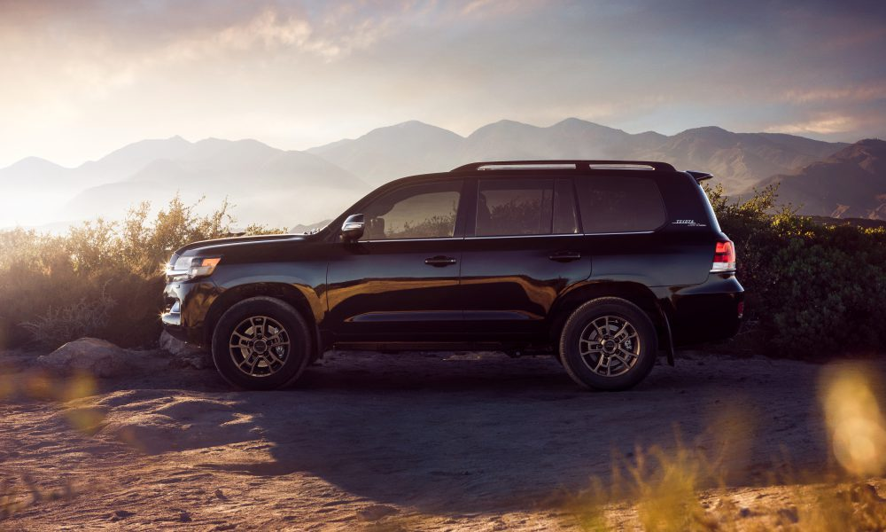 2020 Land Cruiser Heritage Edition 04