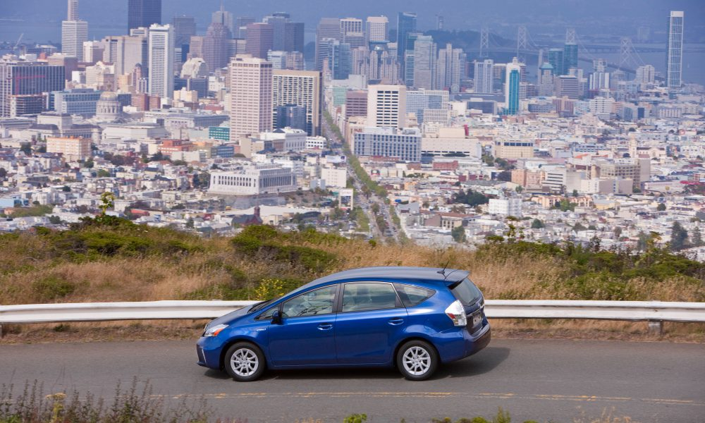 2012 – 2013 Toyota Prius v Two and Three 005