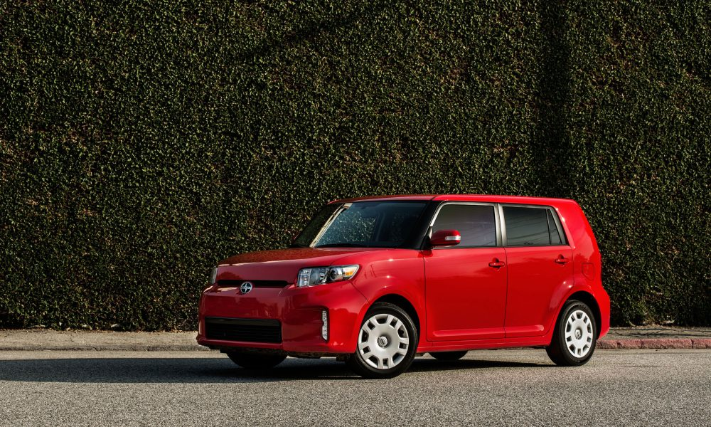 Distinctive 2014 Scion xB Blends Function and Form