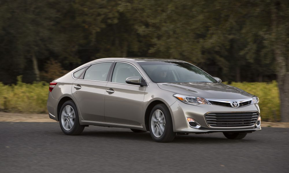2015 Toyota Avalon Product Information