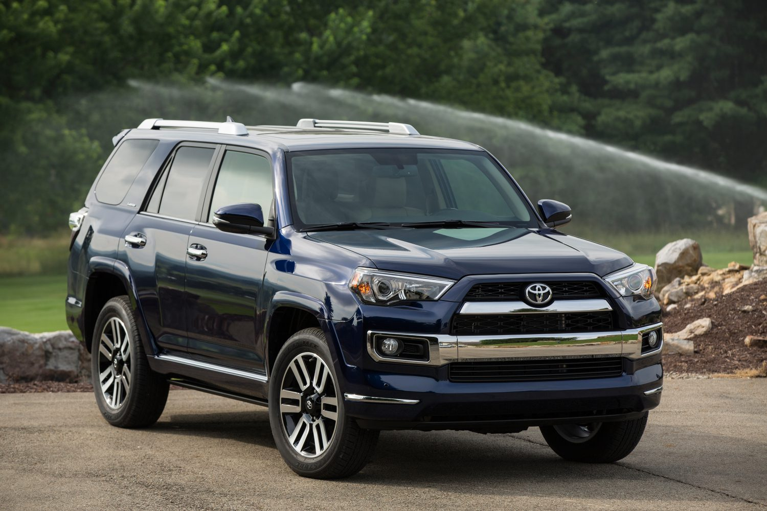 17 2017 Toyota 4Runner owners manual