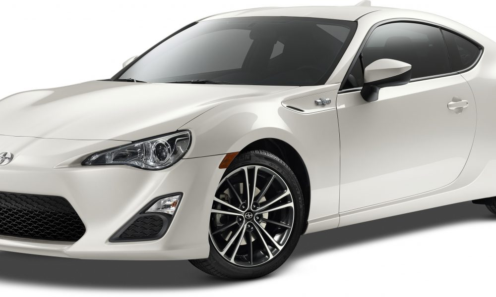 Bolder and Better for Summer: 2015 Scion FR-S Improves Dynamics and Appearance