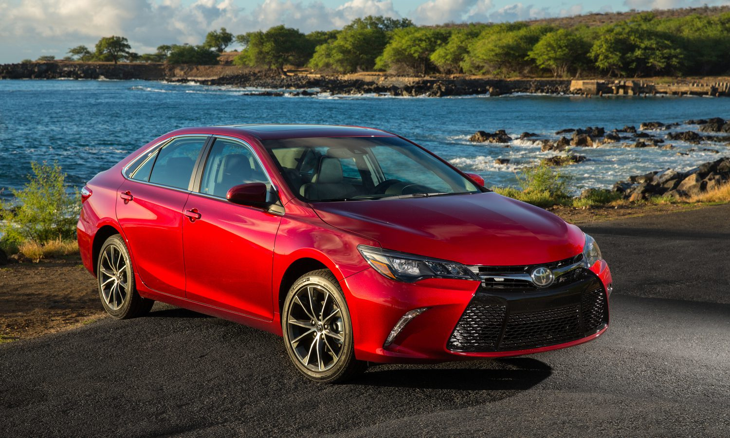 2017 Toyota Camry Reveals Secret for Remaining America's Top-Selling