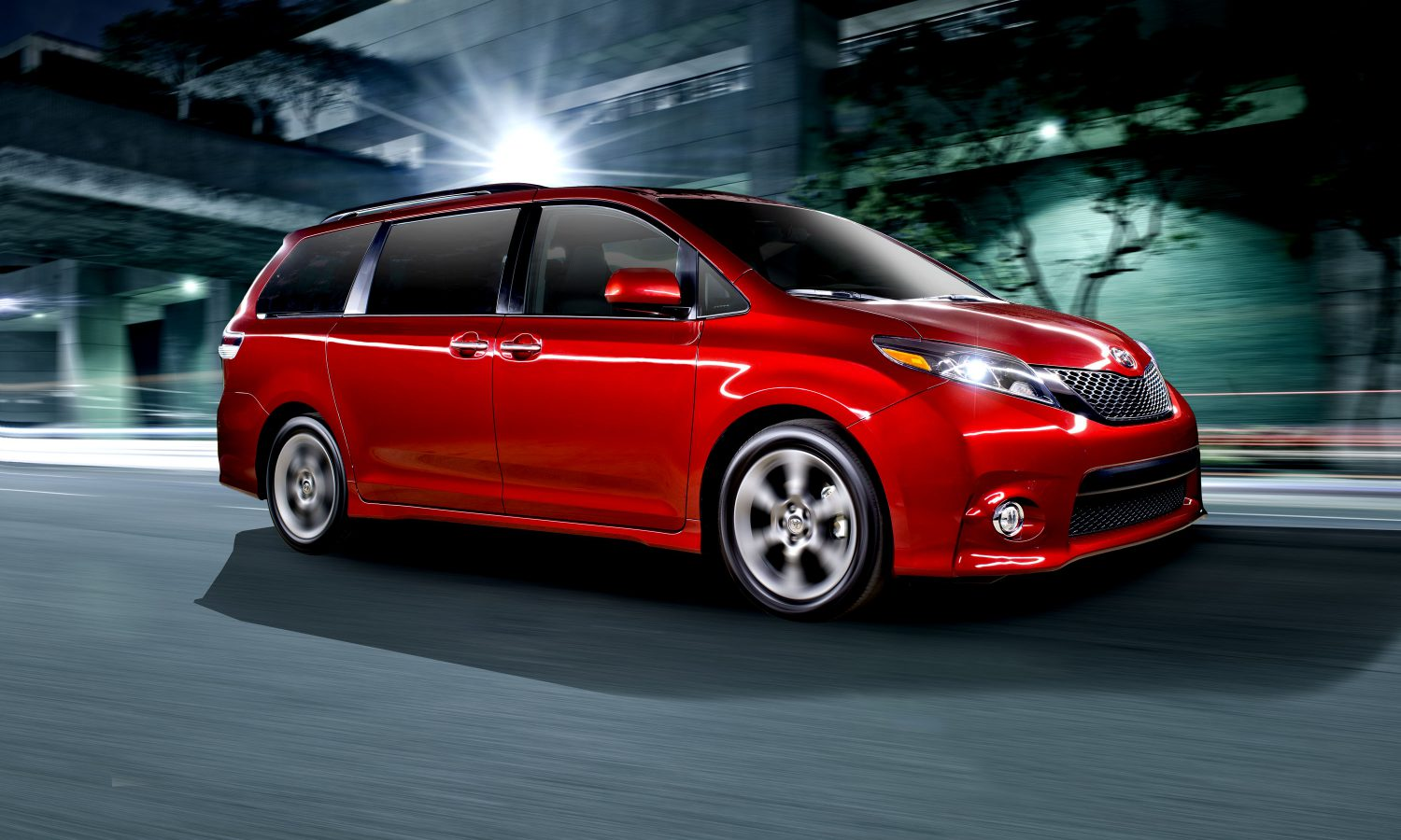 toyota announces pricing for new 2015 sienna minivan toyota usa newsroom 2015 sienna minivan