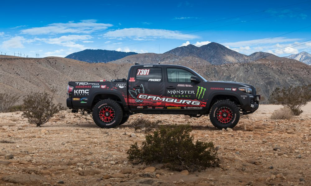 2016 Specialty Equipment Market Association (SEMA) – Toyota Tacoma TRD Pro Race Truck 01