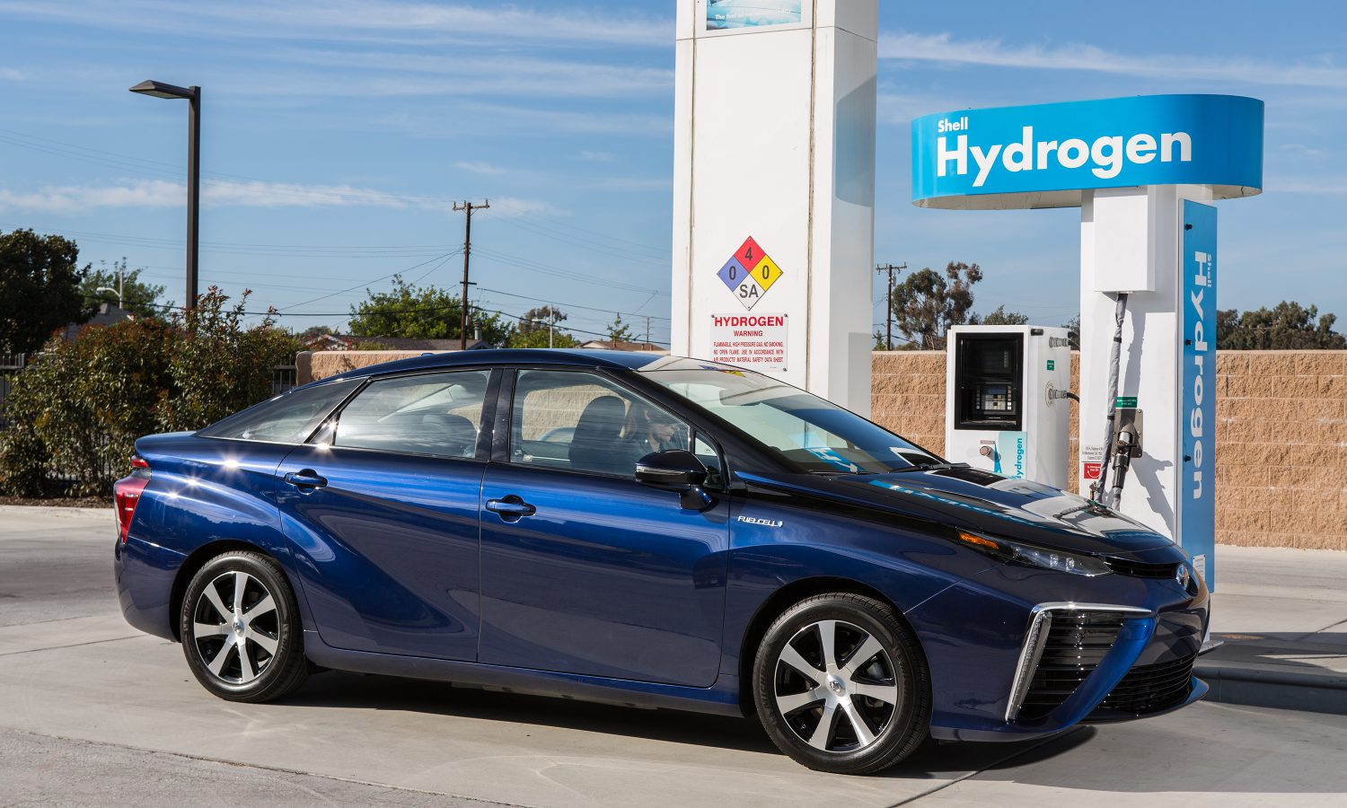 Toyota Mirai: Coming This Fall to Showrooms Near…?