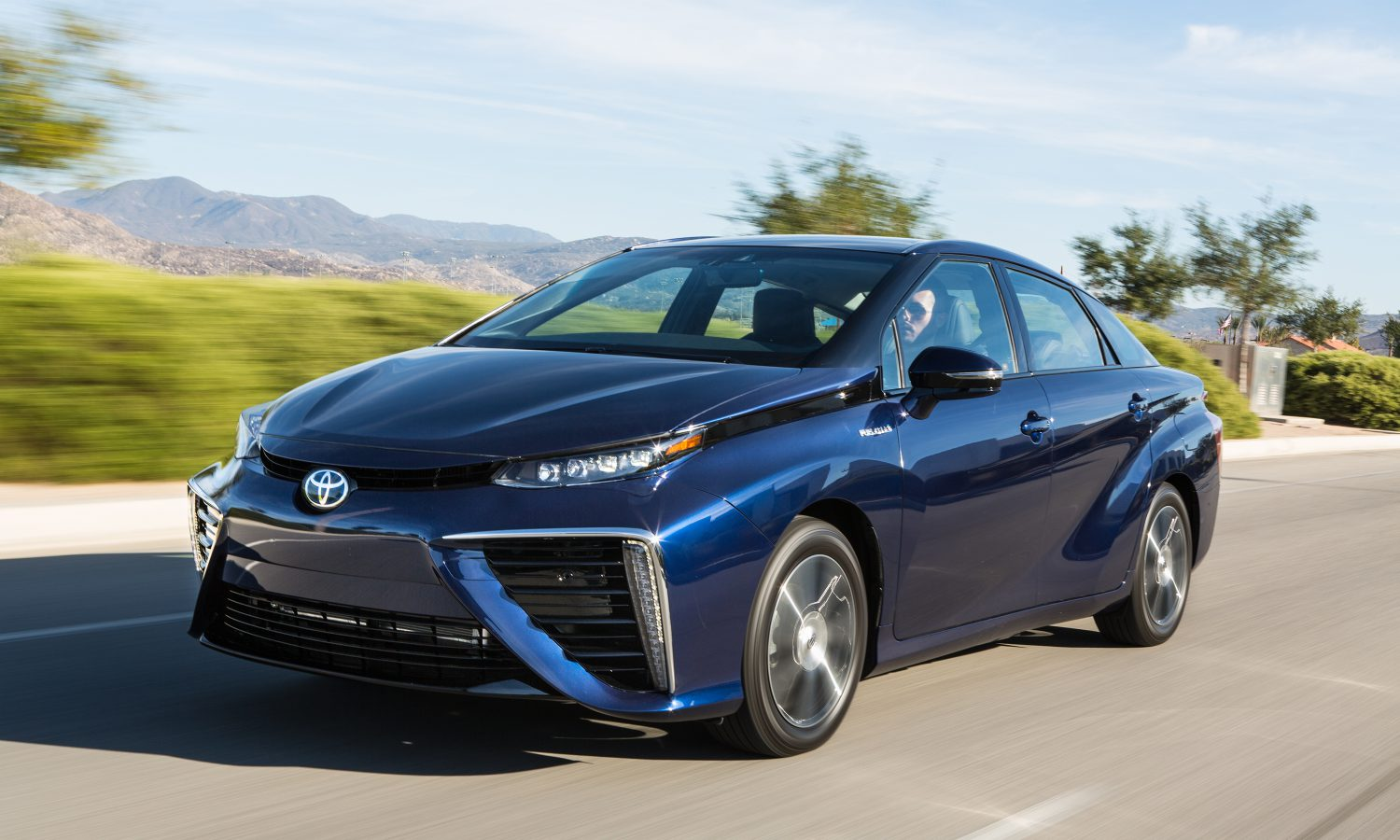 It's Official! Toyota Mirai Goes the Distance
