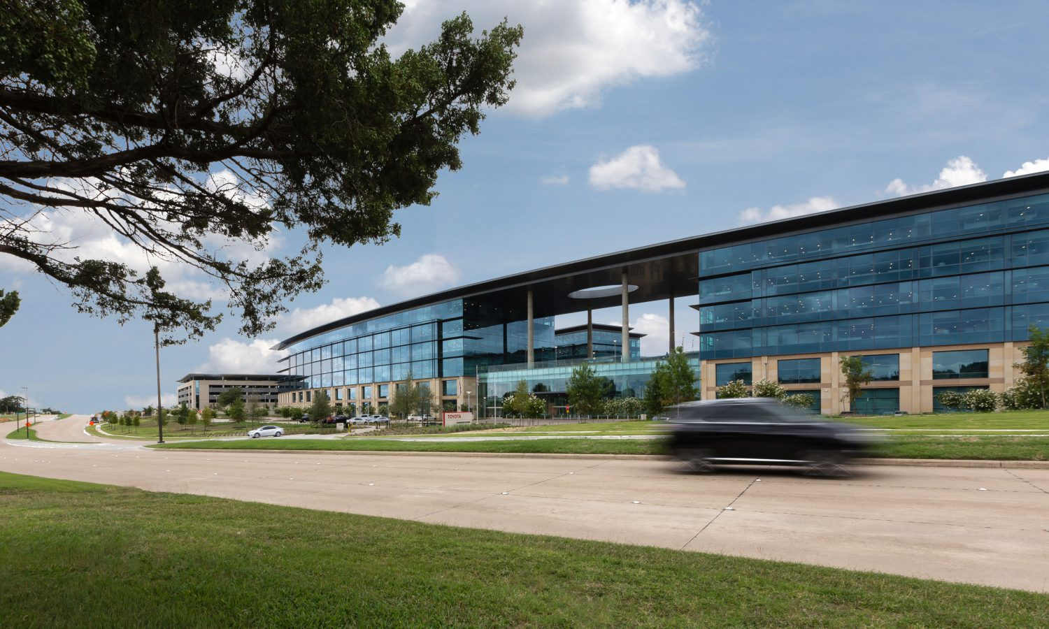 Toyota Headquarters Plano Texas >> Toyota Opens Billion Dollar State Of The Art North American