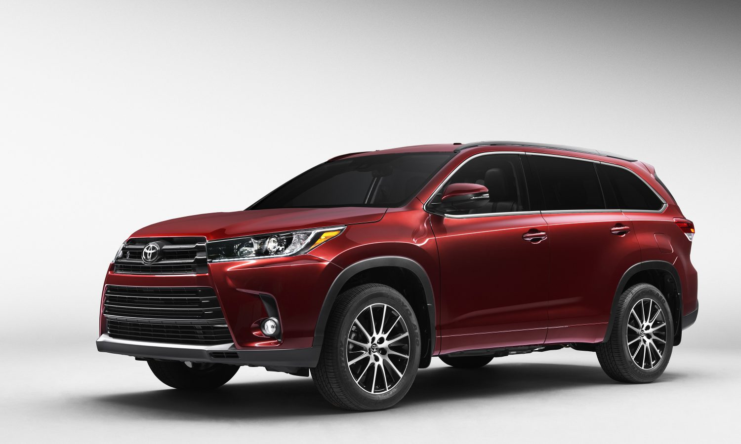 Toyota's Debut of 2017 Highlander Mid-Size SUV to Showcase ...