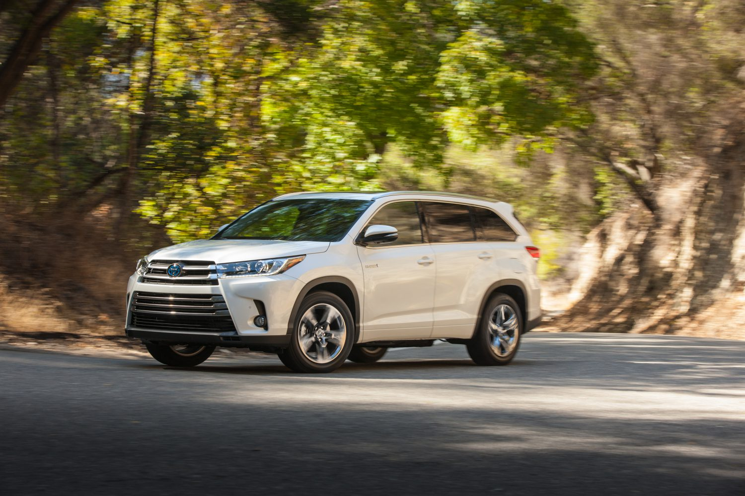 2017 Toyota Highlander Towing Capacity >> The Year Of More For The 2017 Highlander With More Power