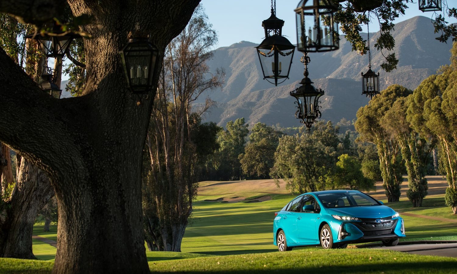 2017 Toyota Prius Prime Takes Top Honors for Electric/Hybrid Category at Kelley Blue Book Best Buy Awards