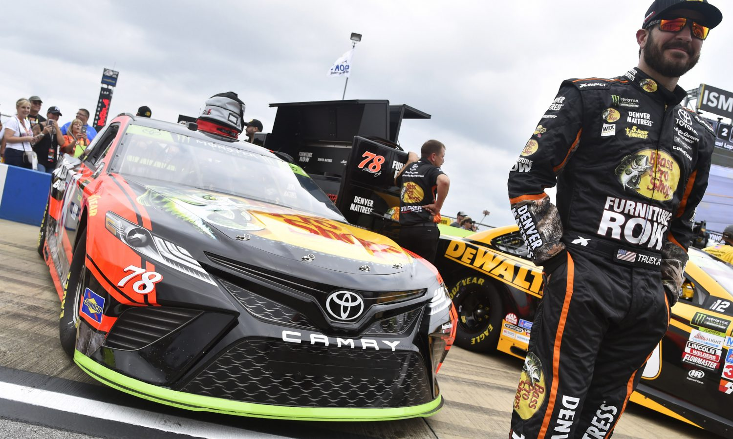 Titles to be Decided in NASCAR, USAC