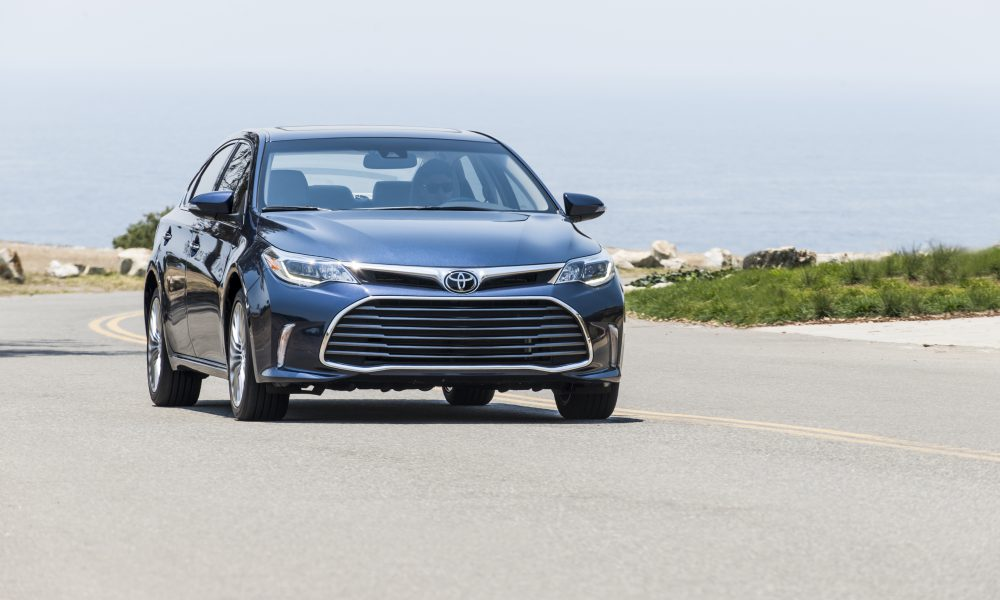 2017-2018 Toyota Avalon Limited 07