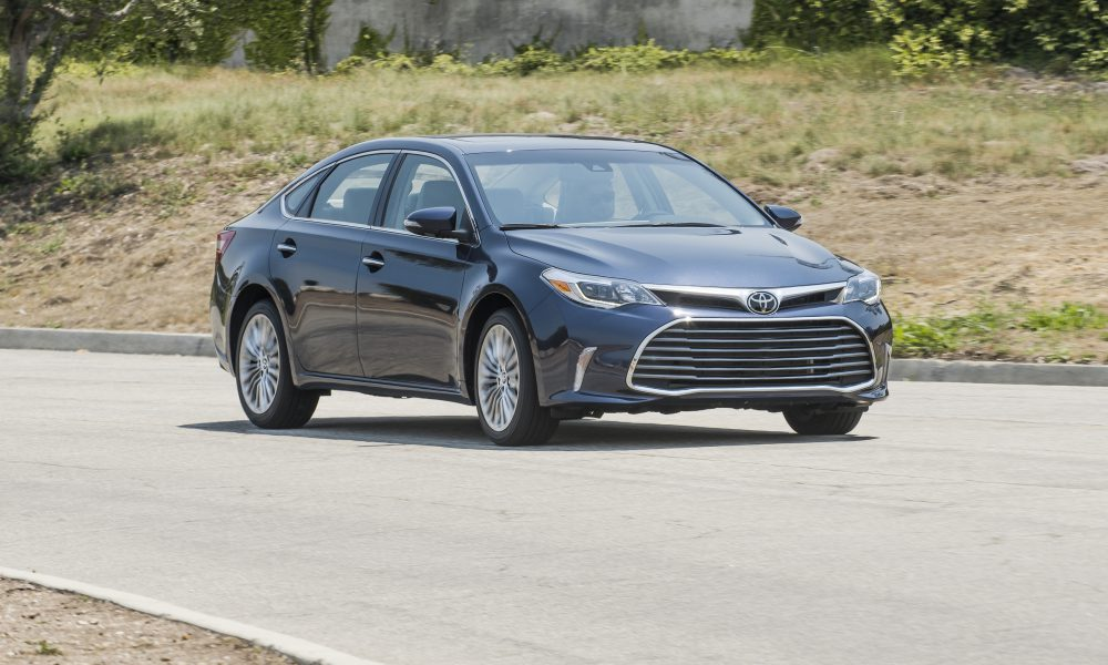 2017-2018 Toyota Avalon Limited 15