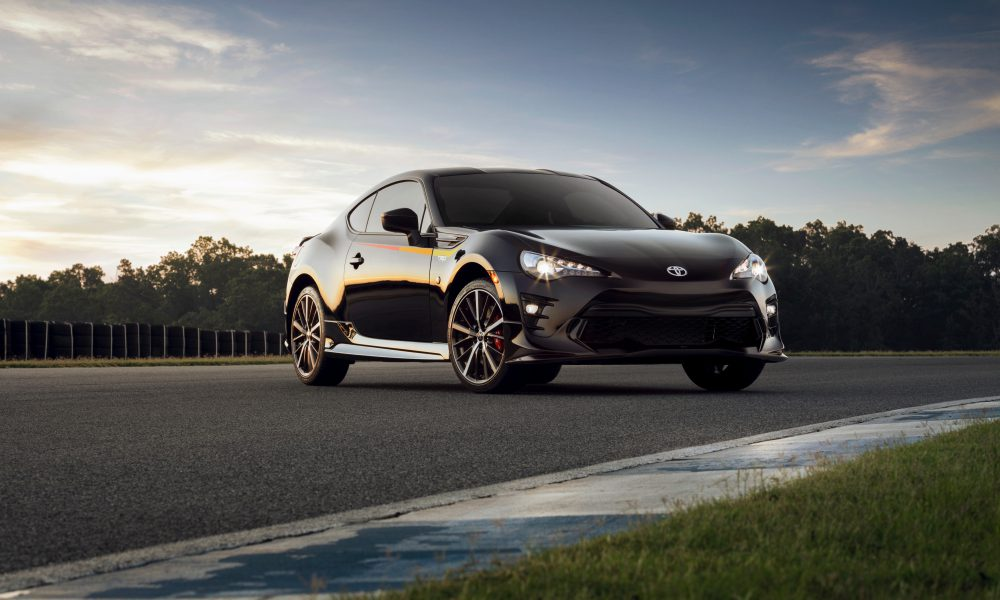 The Purist's Dream: 2019 Toyota 86 Blends Sports Car Fundamentals with 21st Century Performance, Comfort and Tech