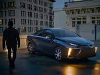 2019 Toyota Mirai: Forward Motion