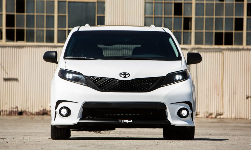 2016 One Lap of America – Toyota Sienna SE + Concept 003