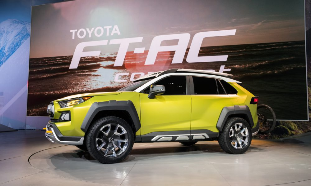 Toyota FT-AC Reveal 19