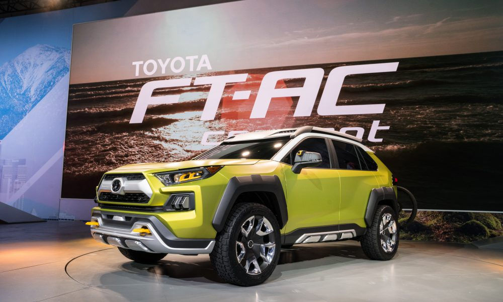 Toyota FT-AC Reveal 22