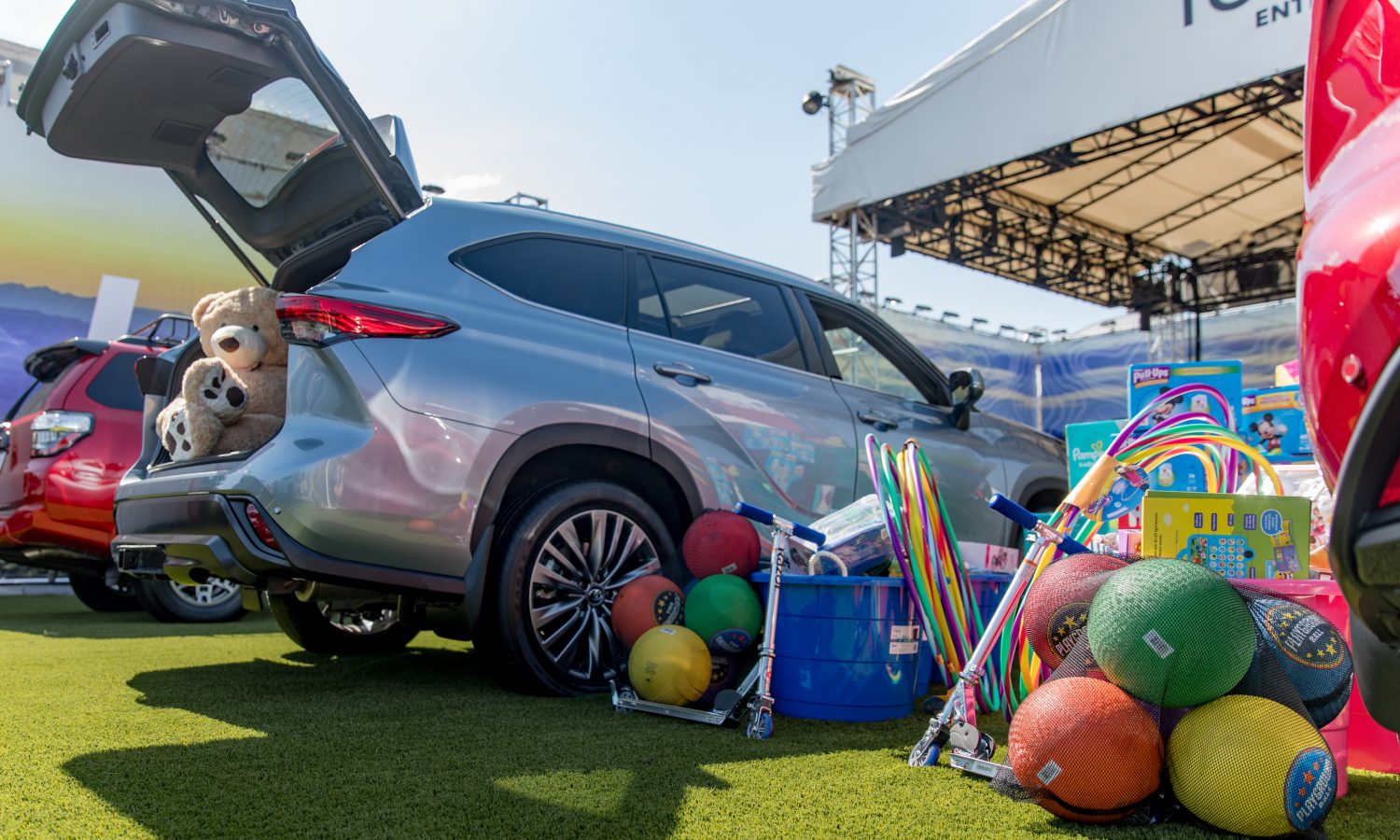Dallas Auto Show >> Toyota Teams Up With Community Partners Of Dallas For State
