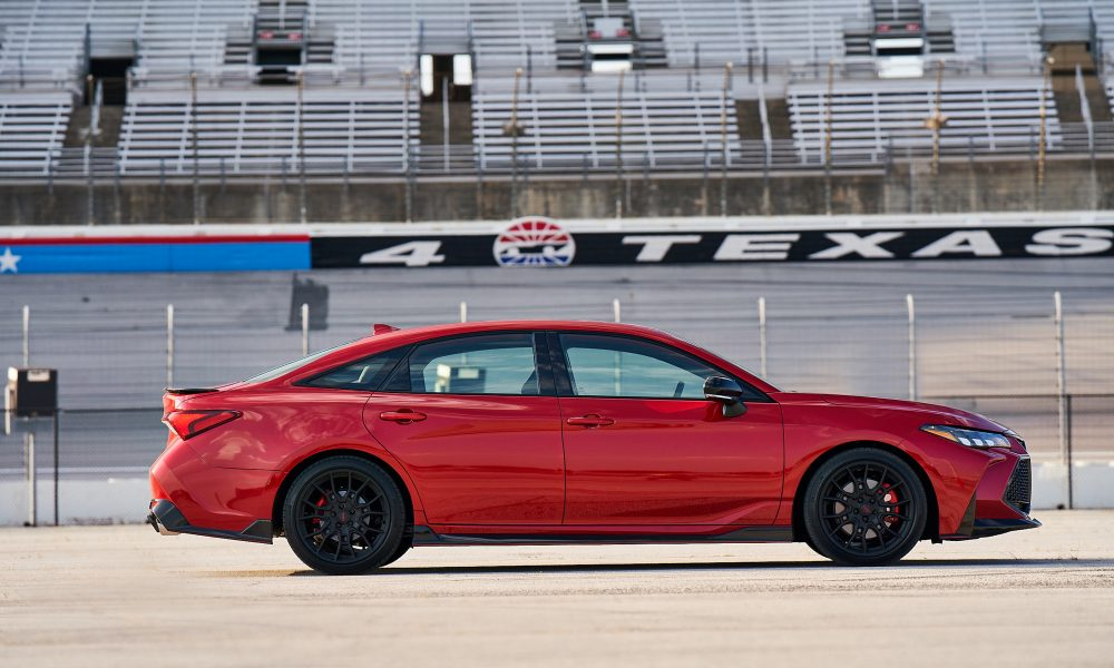 2020 Avalon TRD_SupersonicRed_002