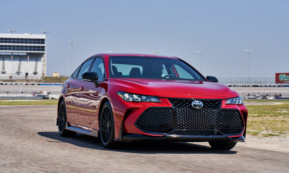 2020 Avalon TRD_SupersonicRed_003