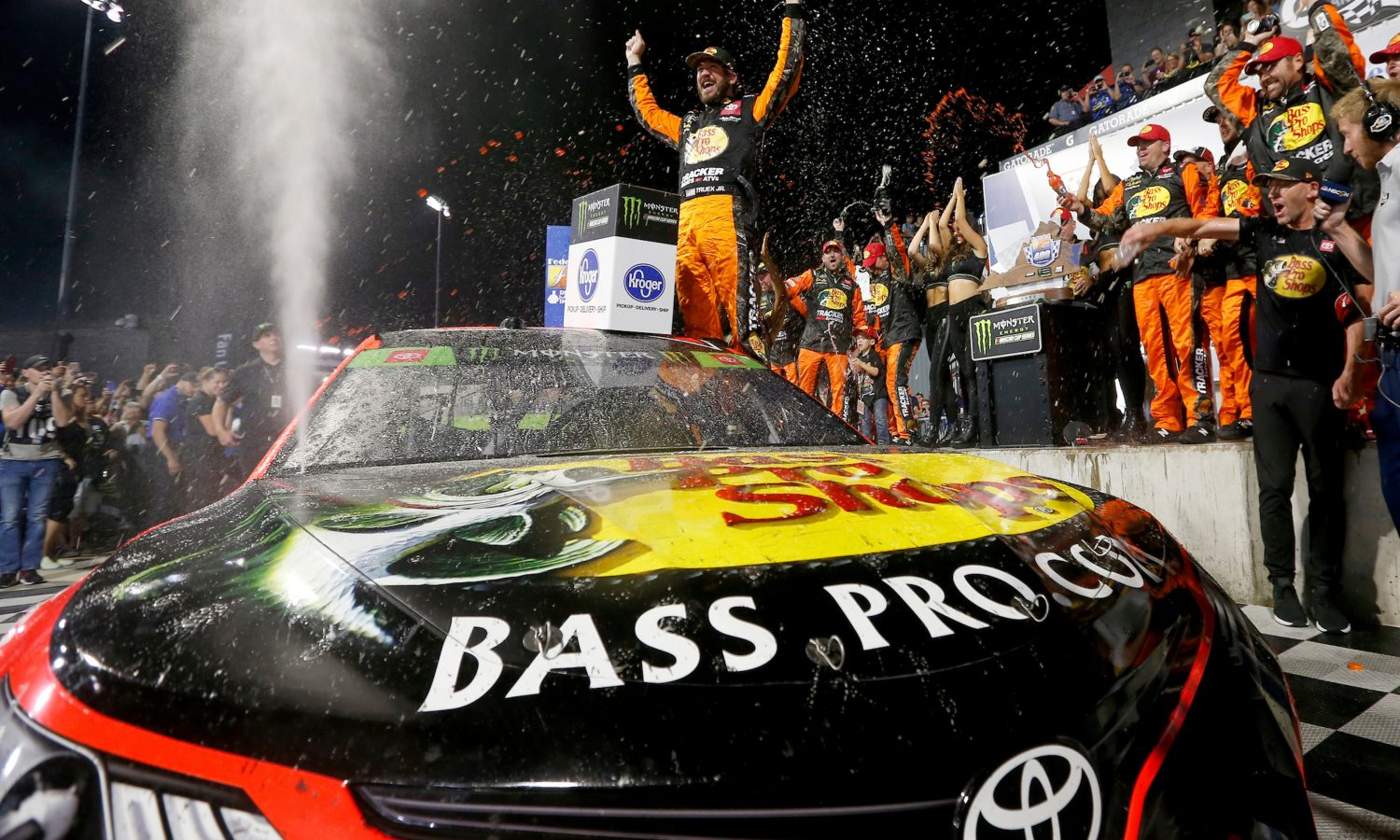 Toyota Drivers Sweep Weekend Races