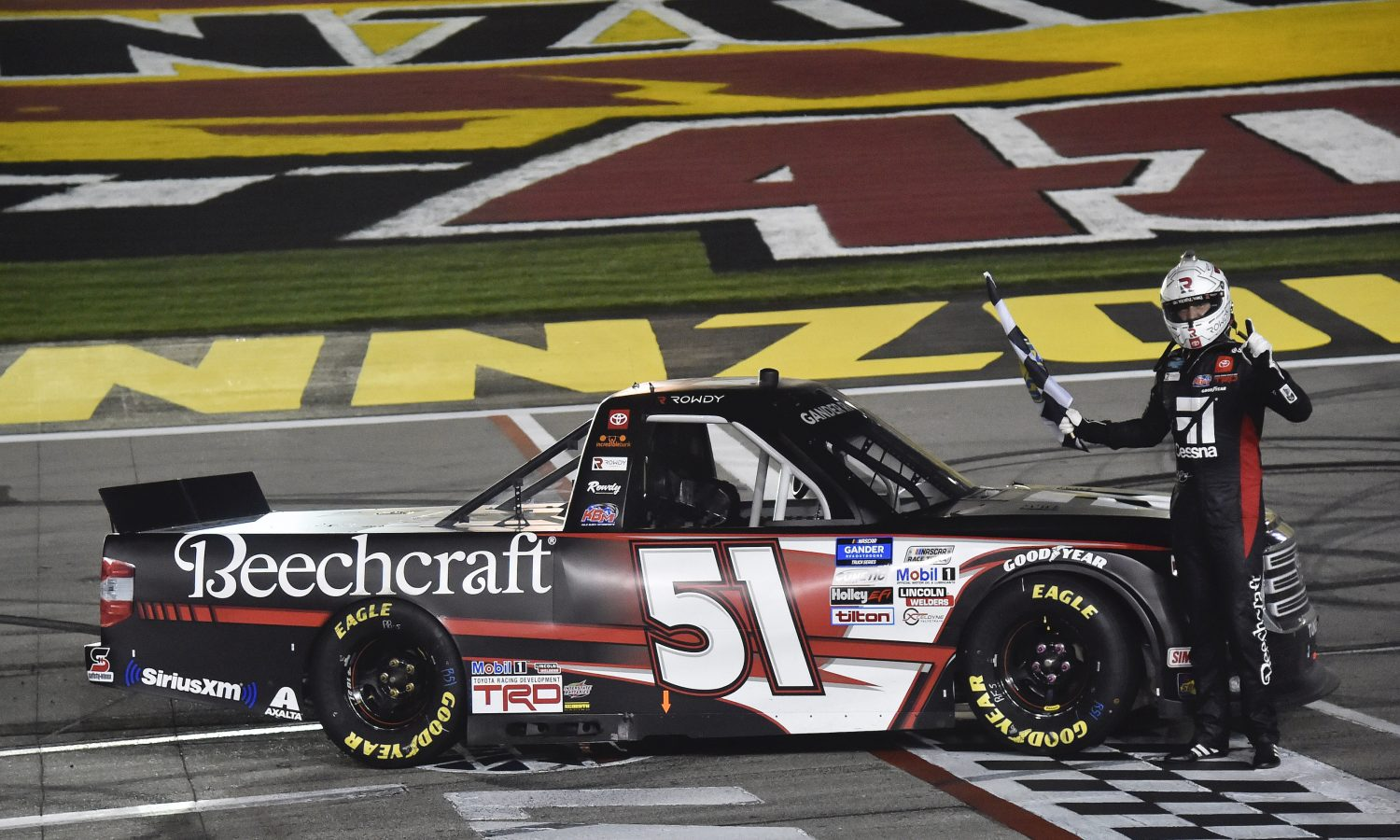 Busch Victorious in Tundra at Las Vegas