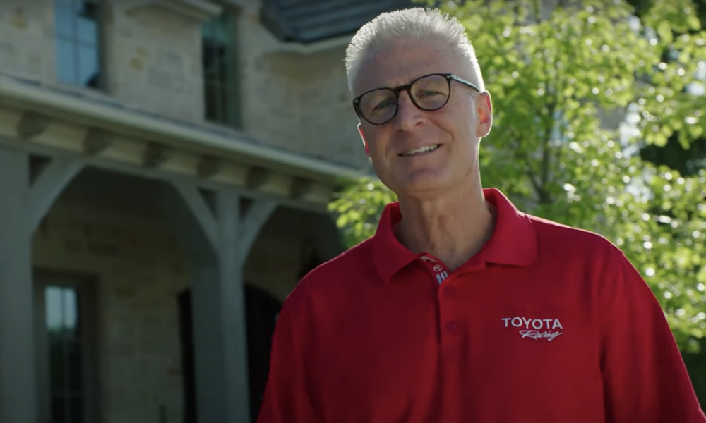 """""""We are Toyota"""": Jack Hollis' Take on the Venza's Virtual Reveal"""
