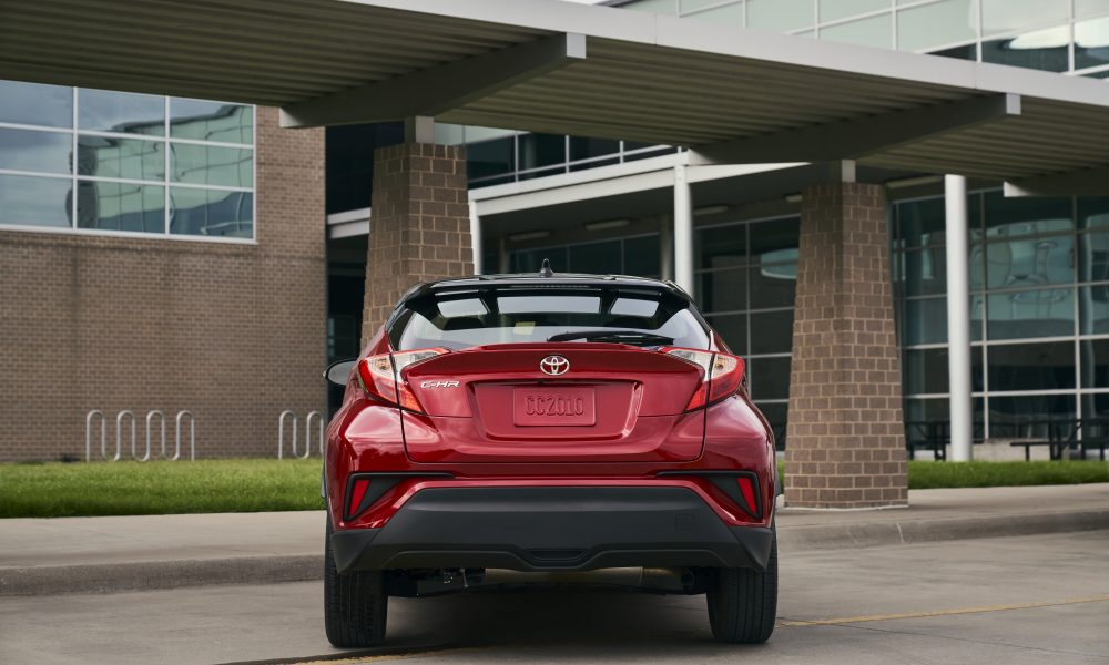 2021_Toyota_CHR_Supersonic Red_010