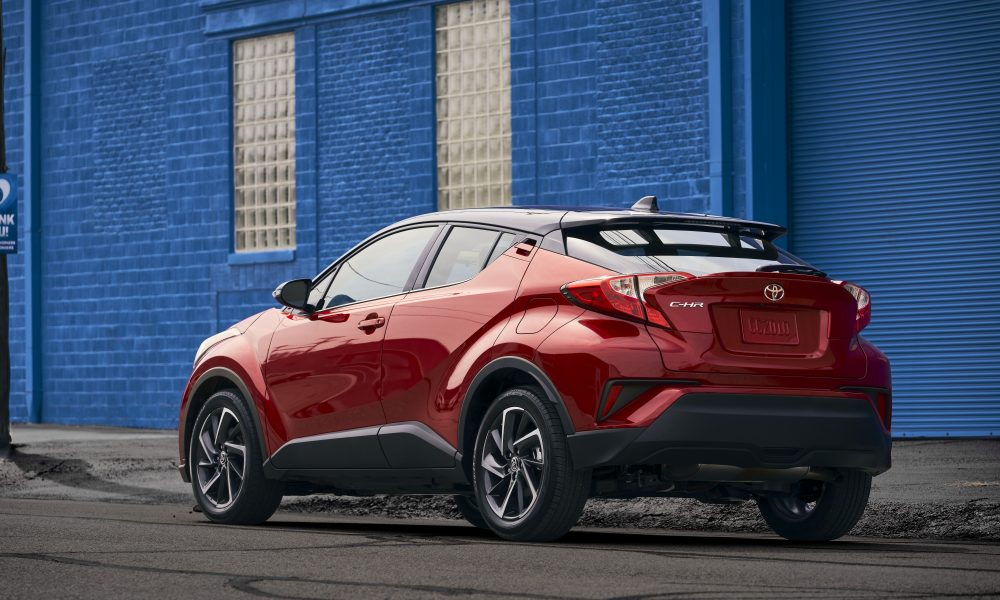 2021_Toyota_CHR_Supersonic Red_03