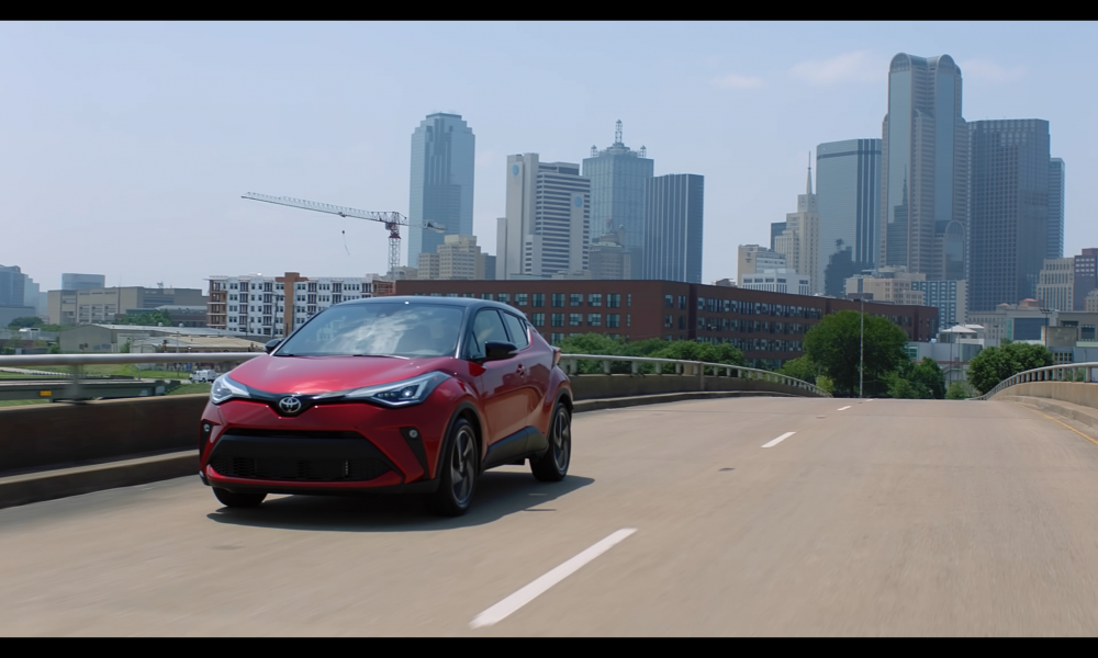 2021_Toyota_CHR_Supersonic Red_B-roll