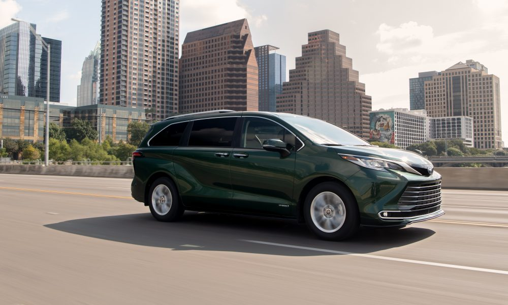 2021_Sienna_Limited_AWD__Cypress Green_009