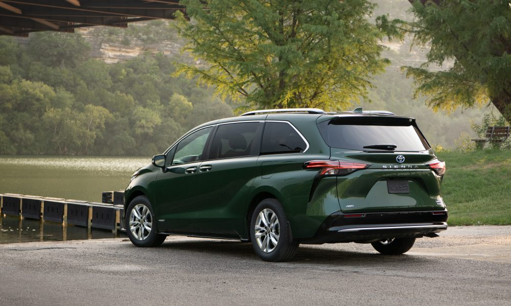 2021_Sienna_Limited_AWD__Cypress Green_019