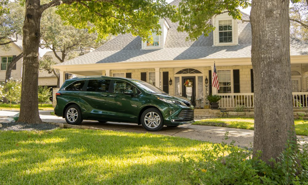 2021_Sienna_Limited_AWD__Cypress Green_022
