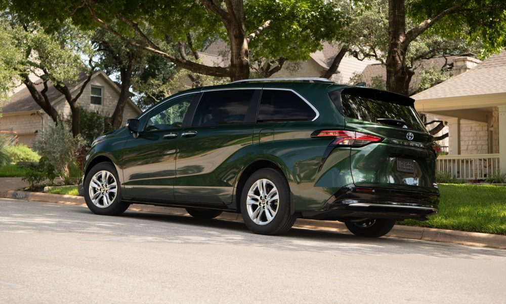 2021_Sienna_Limited_AWD__Cypress Green_028
