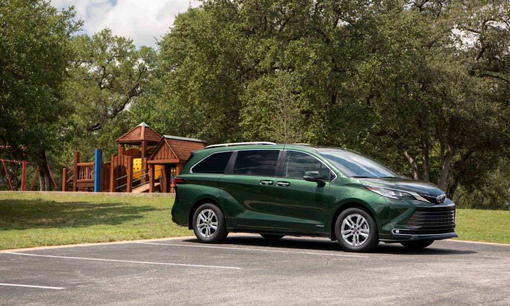 2021_Sienna_Limited_AWD__Cypress Green_031
