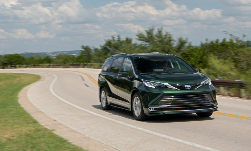 2021_Sienna_Limited_AWD__Cypress Green_033