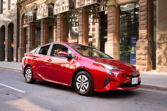 Canadian Green Car of the Year: 2017 Toyota Prius
