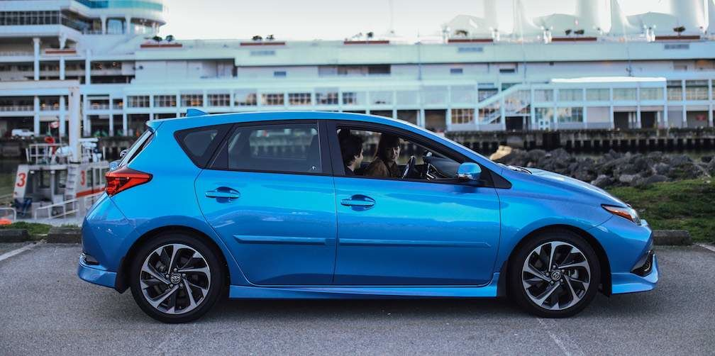 Corolla iM Hatchback in Blue