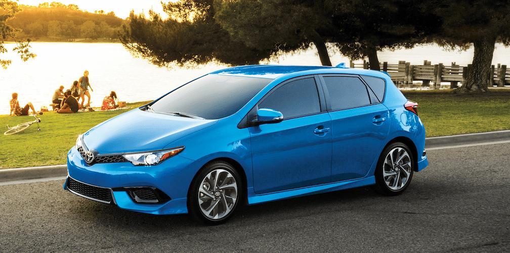 Toyota Corolla iM in Electric Blue