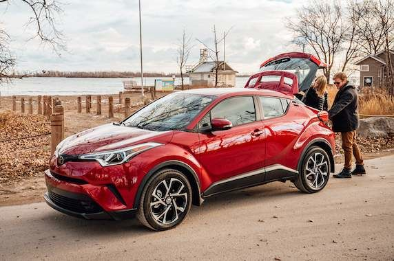 Take a look Inside the 2018 Toyota C-HR