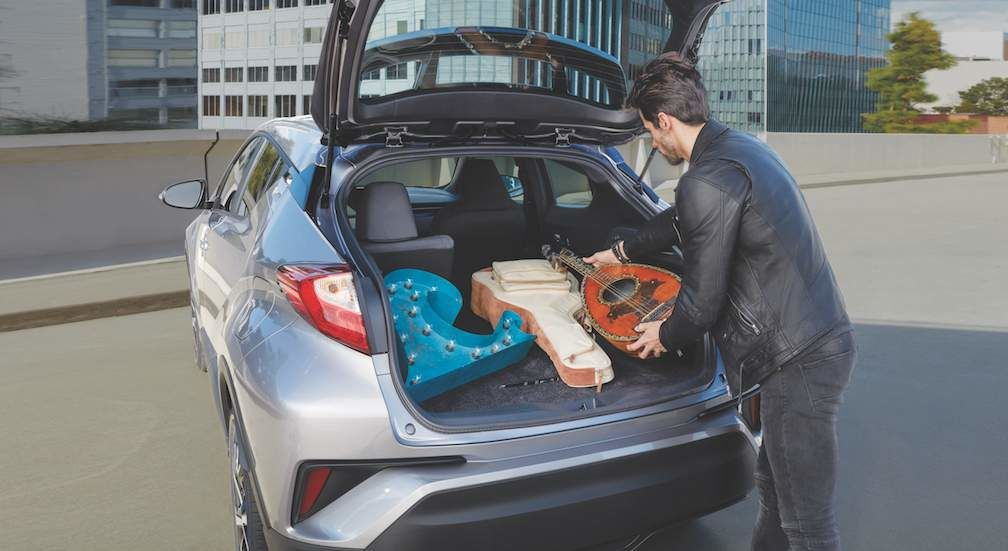 Toyota C-HR Looking Inside Trunk  E