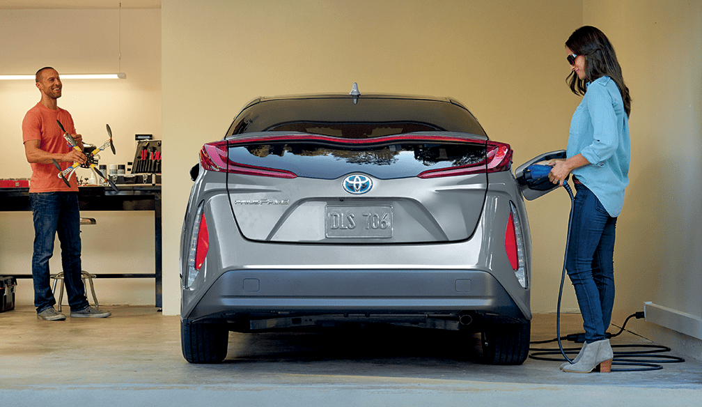 2019 Toyota Prius Prime in Classic Silver Metallic