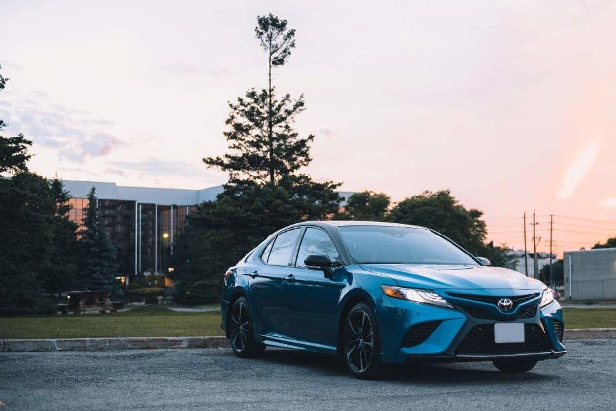 Explorez la Toyota Camry 2018