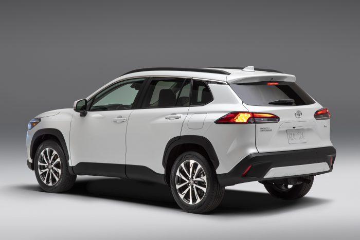 2022 Toyota Corolla Cross White Colour