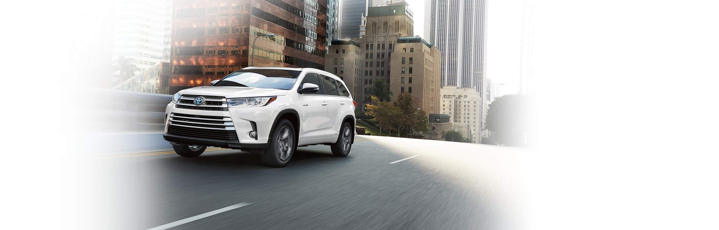 reviews toyota suv review car hybrid