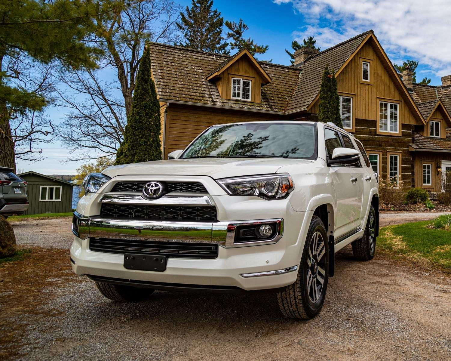 4Runner Limited in Blizzard Pearl