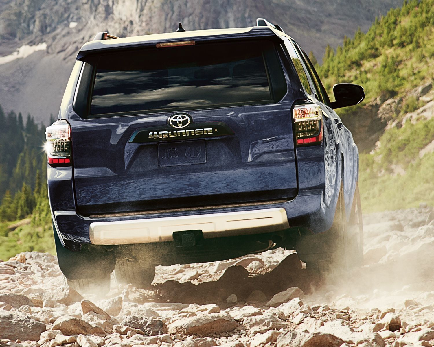 4Runner TRD Off-Road shown in Nautical Blue Metallic