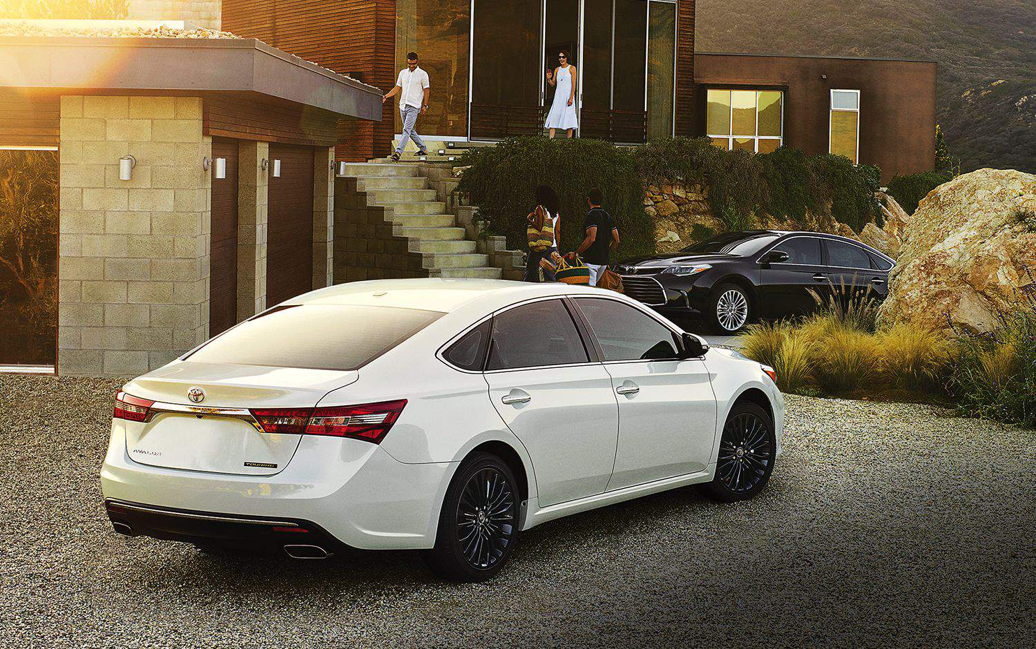 Avalon Touring shown in Blizzard Pearl and Limited shown in Magnetic Grey Metallic
